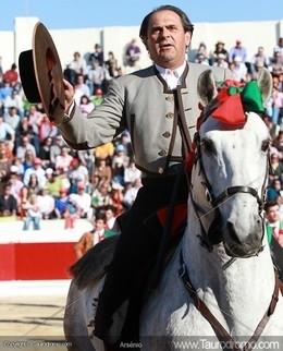 Homenagem a José Luís Cochicho na Mexicana