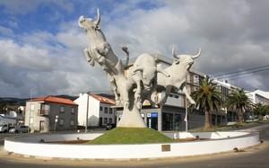 Monumento ao Toiro inaugurado em Angra do Heroísmo