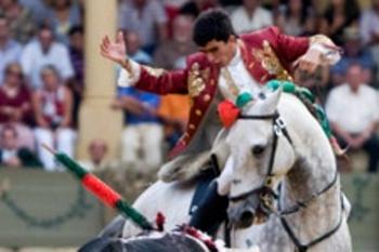 João Moura Jr triunfa em Torrejón de Ardoz