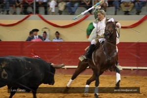 Salvaterra presta homenagem a Ana Batista