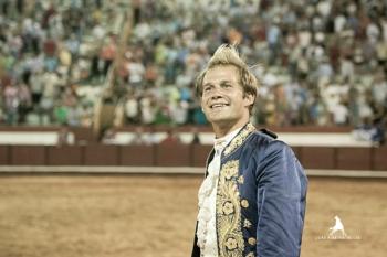 João Ribeiro Telles soma e segue com 5 saídas em ombros em 5 actuações em Espanha.
