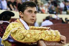 João Augusto Moura convida três escolas de toureio para tenta
