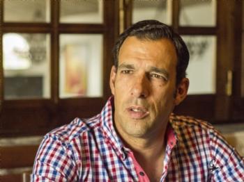 Por onde anda Vitor Ribeiro?