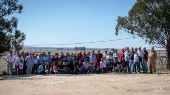 Abonados da Palha Blanco visitam as duas ganadarias da Feira de outubro